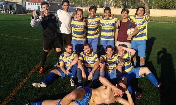 El Senior Liga Local encuentra su primera victoria en un duro partido